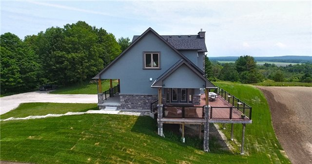 Detached at 4375 14 Line, Innisfil, Ontario. Image 11