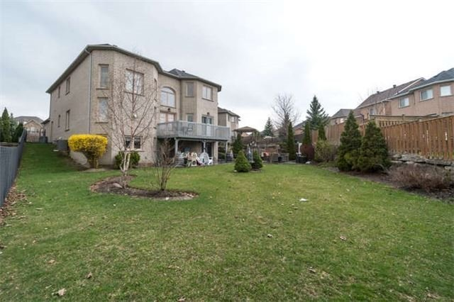 Detached at 81 Kirkbride Cres, Vaughan, Ontario. Image 12