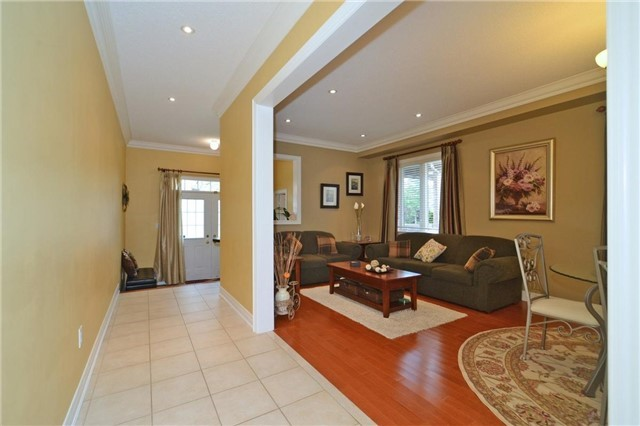 Detached at 83 Ampezzo Ave, Vaughan, Ontario. Image 15