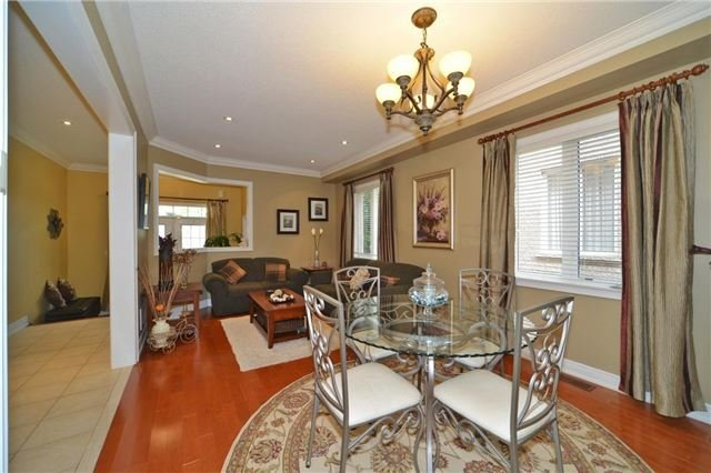 Detached at 83 Ampezzo Ave, Vaughan, Ontario. Image 16