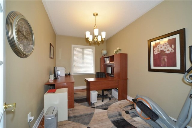 Detached at 83 Ampezzo Ave, Vaughan, Ontario. Image 19