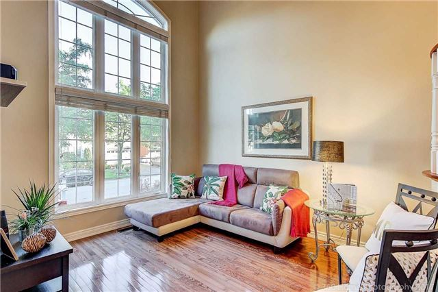 Detached at 129 Gemini Cres, Richmond Hill, Ontario. Image 15
