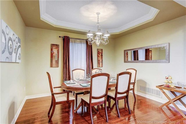 Detached at 129 Gemini Cres, Richmond Hill, Ontario. Image 16