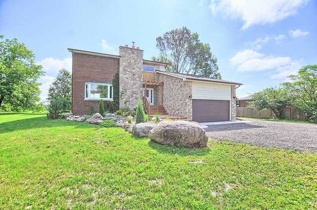 Detached at 5211 11th Line, Innisfil, Ontario. Image 12