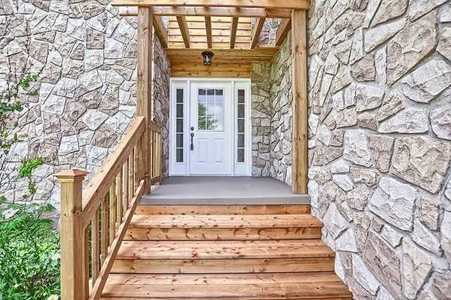Detached at 5211 11th Line, Innisfil, Ontario. Image 14