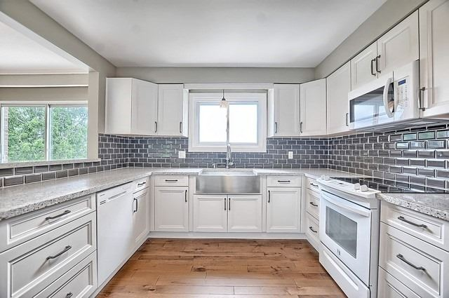 Detached at 5211 11th Line, Innisfil, Ontario. Image 20