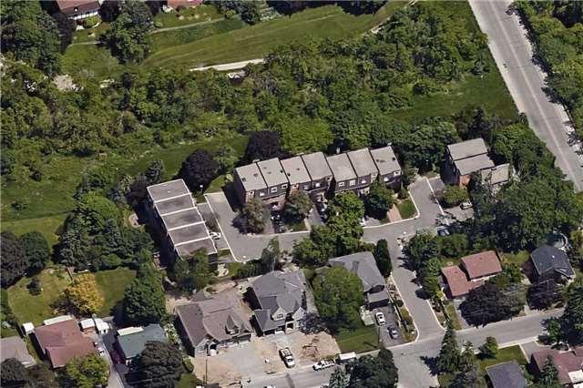 Condo Townhouse at 22 Hepworth Way, Markham, Ontario. Image 13