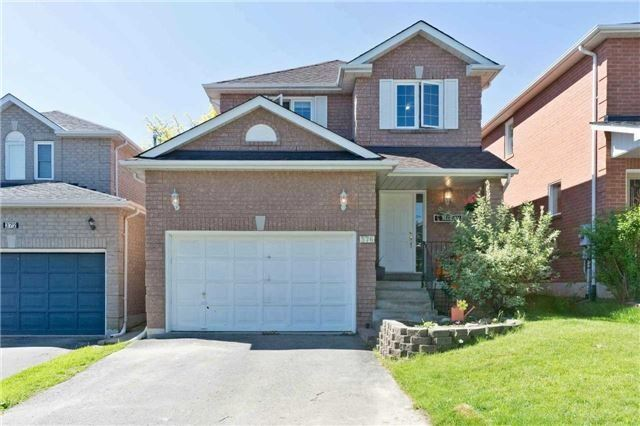 Detached at 376 Rushbrook Dr, Newmarket, Ontario. Image 1