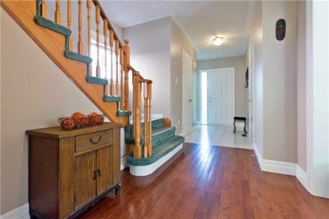 Detached at 376 Rushbrook Dr, Newmarket, Ontario. Image 14