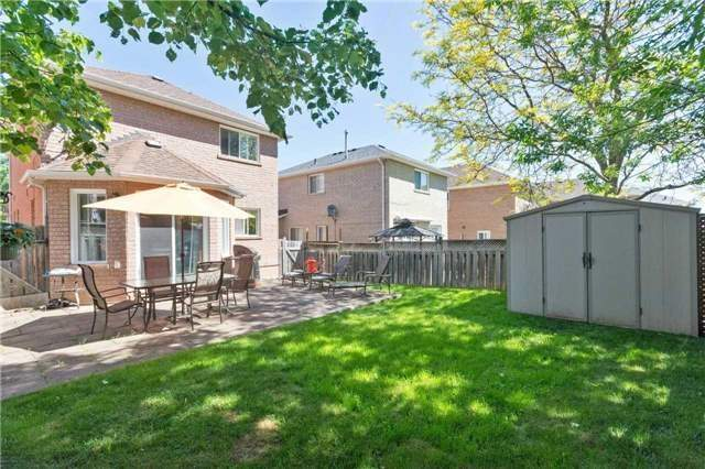 Detached at 376 Rushbrook Dr, Newmarket, Ontario. Image 9