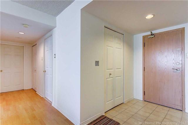 Condo Apartment at 7905 Bayview Ave, Unit 803, Markham, Ontario. Image 12