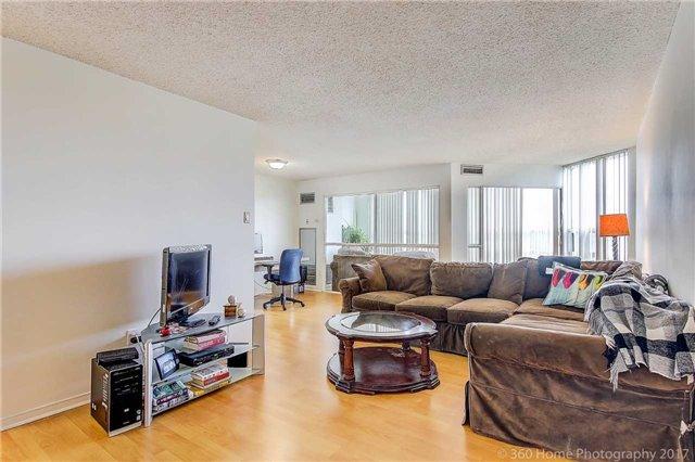Condo Apartment at 7905 Bayview Ave, Unit 803, Markham, Ontario. Image 15