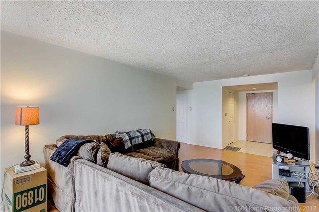 Condo Apartment at 7905 Bayview Ave, Unit 803, Markham, Ontario. Image 18