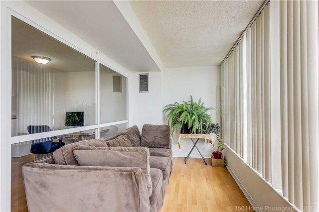 Condo Apartment at 7905 Bayview Ave, Unit 803, Markham, Ontario. Image 20