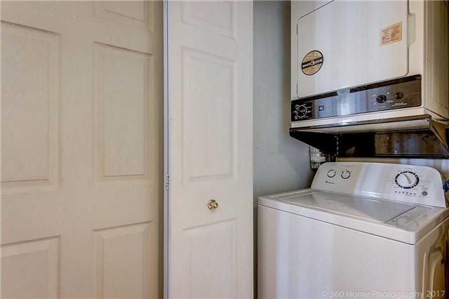 Condo Apartment at 7905 Bayview Ave, Unit 803, Markham, Ontario. Image 6