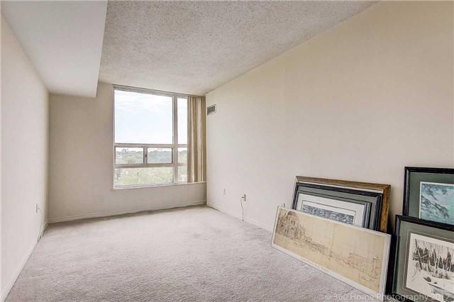 Condo Apartment at 7905 Bayview Ave, Unit 803, Markham, Ontario. Image 8