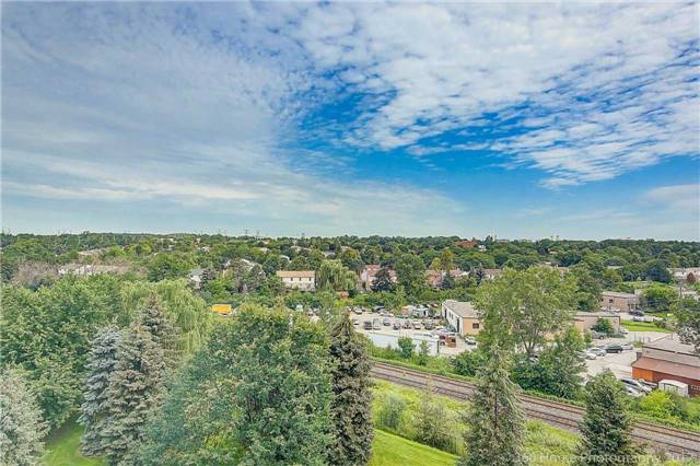 Condo Apartment at 7905 Bayview Ave, Unit 803, Markham, Ontario. Image 13
