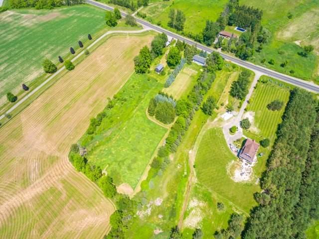Detached at 16460 Weston Rd, King, Ontario. Image 10