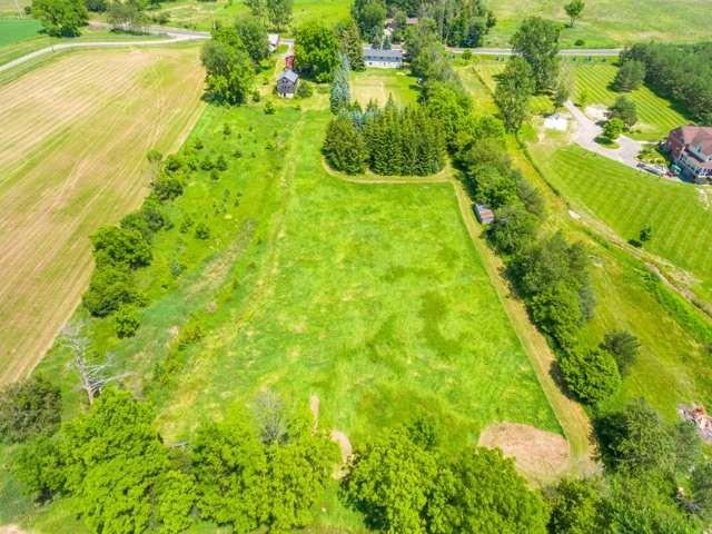 Detached at 16460 Weston Rd, King, Ontario. Image 11