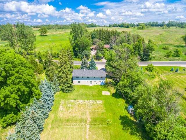 Detached at 16460 Weston Rd, King, Ontario. Image 3