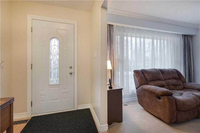 Detached at 360 Hollywood Dr, Georgina, Ontario. Image 11