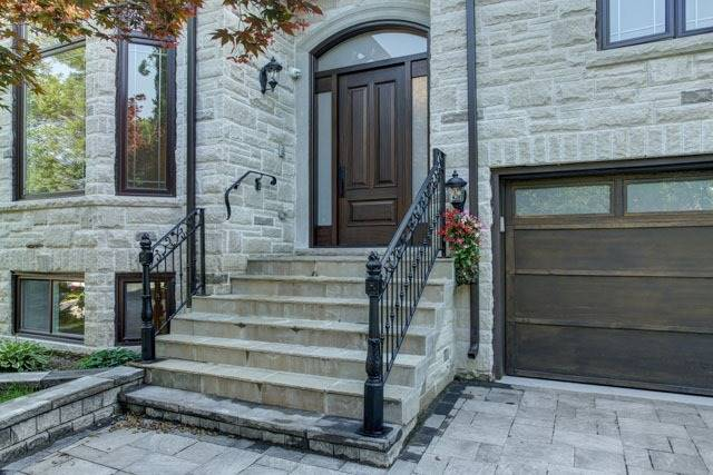 Detached at 55 Sisman Ave, Aurora, Ontario. Image 1