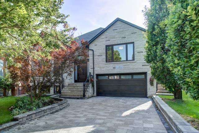 Detached at 55 Sisman Ave, Aurora, Ontario. Image 12