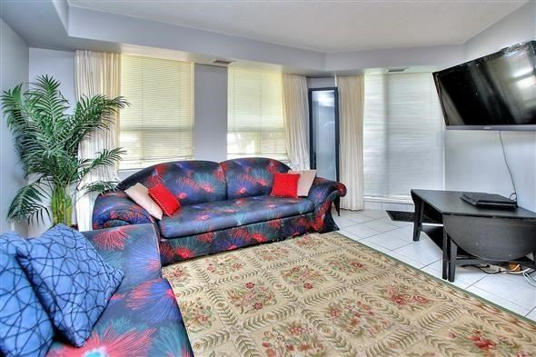Condo Apartment at 100 Arbors Lane, Unit 116, Vaughan, Ontario. Image 15