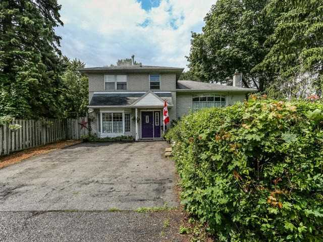 Detached at 2 Lincoln Green Dr, Markham, Ontario. Image 1
