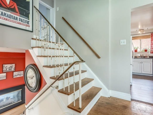 Detached at 2 Lincoln Green Dr, Markham, Ontario. Image 16