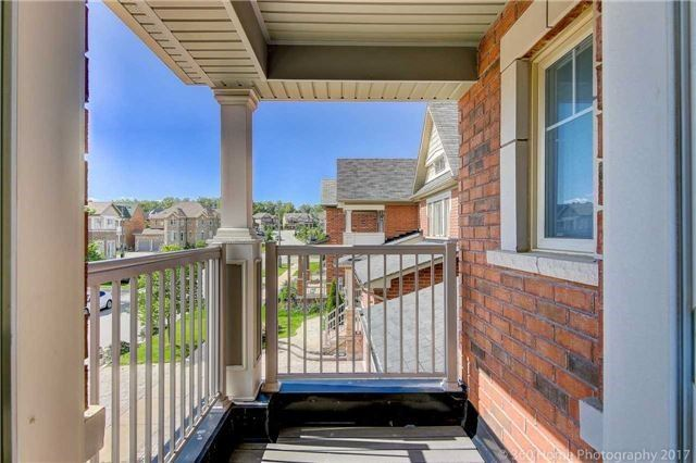 Detached at 7 Lake Woods St, Richmond Hill, Ontario. Image 20