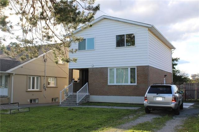 Detached at 22 Elm Grove Ave, Richmond Hill, Ontario. Image 1