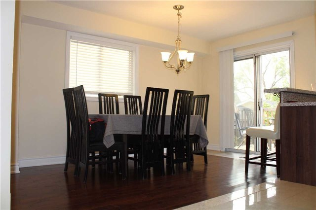 Detached at 22 Elm Grove Ave, Richmond Hill, Ontario. Image 2
