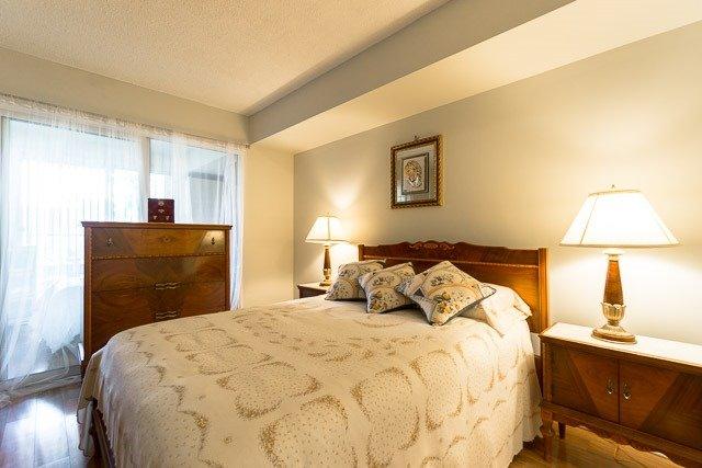 Condo Apartment at 121 Woodbridge Ave, Unit 209, Vaughan, Ontario. Image 20