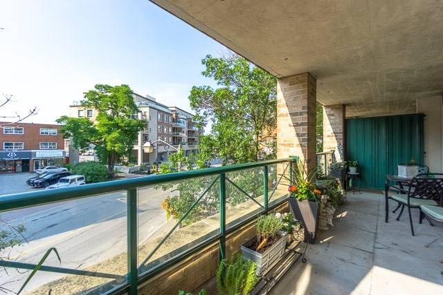 Condo Apartment at 121 Woodbridge Ave, Unit 209, Vaughan, Ontario. Image 8
