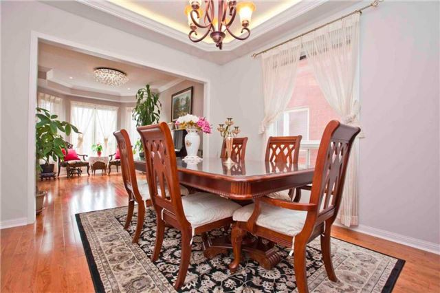 Detached at 8 Grover Hill Ave, Richmond Hill, Ontario. Image 15