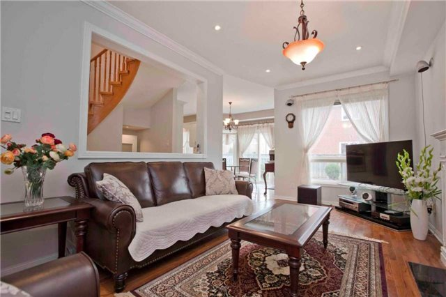 Detached at 8 Grover Hill Ave, Richmond Hill, Ontario. Image 19