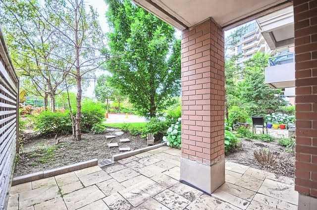 Condo Apartment at 33 Cox Blvd, Unit 131, Markham, Ontario. Image 3