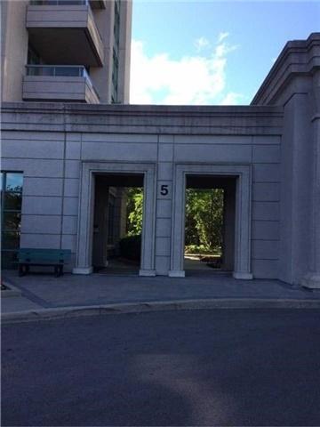 Condo Apartment at 5 Emerald  Lane, Unit 413, Vaughan, Ontario. Image 7