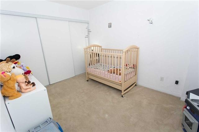 Condo Apartment at 75 King William Cres, Unit 711, Richmond Hill, Ontario. Image 12