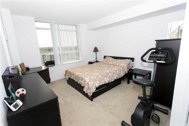 Condo Apartment at 75 King William Cres, Unit 711, Richmond Hill, Ontario. Image 15