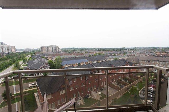 Condo Apartment at 75 King William Cres, Unit 711, Richmond Hill, Ontario. Image 2