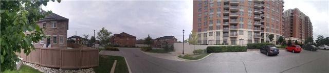 Condo Apartment at 75 King William Cres, Unit 711, Richmond Hill, Ontario. Image 6