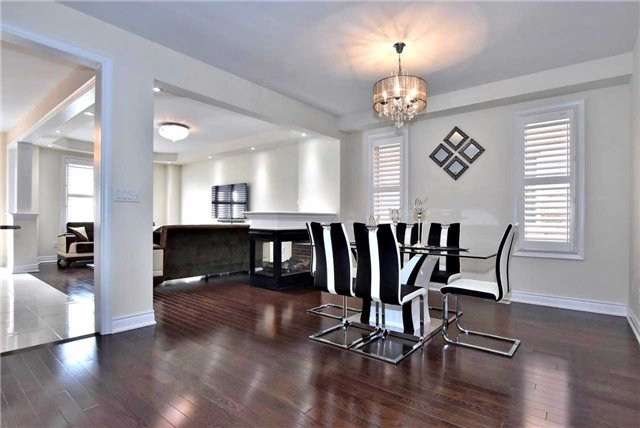 Detached at 107 Riding Mountain Dr, Richmond Hill, Ontario. Image 11