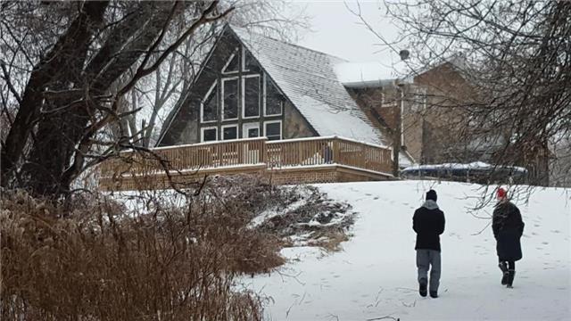 Detached at 151 The Queensway North, Georgina, Ontario. Image 11