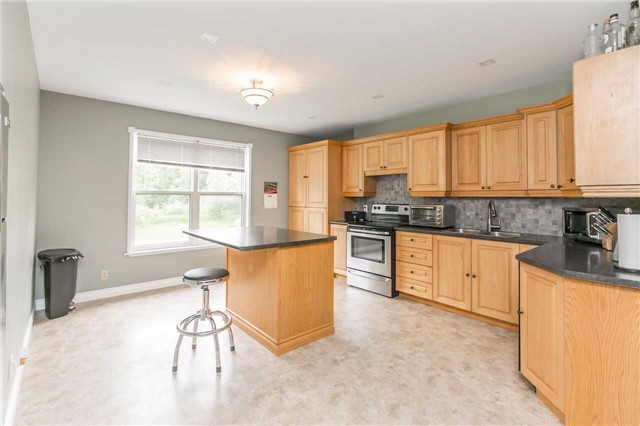 Detached at 2605 Boyers Rd, Georgina, Ontario. Image 19
