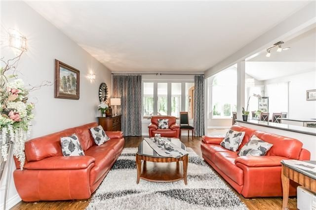 Detached at 31 Golfview Blvd, Bradford West Gwillimbury, Ontario. Image 18
