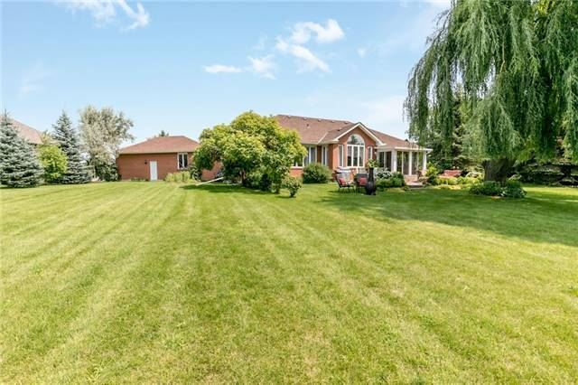 Detached at 31 Golfview Blvd, Bradford West Gwillimbury, Ontario. Image 7