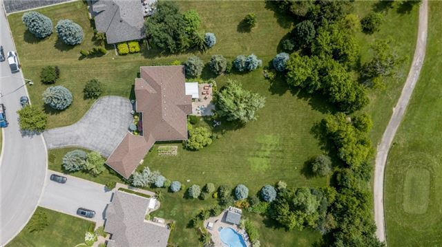 Detached at 31 Golfview Blvd, Bradford West Gwillimbury, Ontario. Image 10