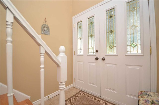 Detached at 82 Fifth St, Brock, Ontario. Image 12